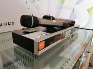 2020-09-25 14:36:14  3  Micro không dây hát karaoke 3,200,000