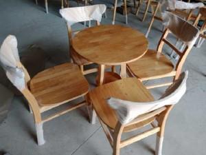 2020-09-27 07:49:12  2  Bàn ghế ca bin mặt gổ làm tại xươngi sản 1,350