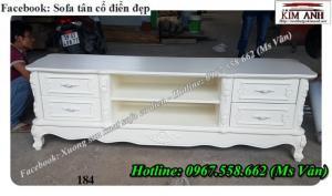 Cần bán kệ tivi cổ điển - tủ tivi cổ điển Q2 Q7 Q9