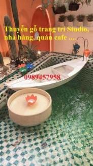 Thuyền gỗ trang trí nhà hàng, Thuyền gỗ bày hải sản, Thuyền chụp ảnh