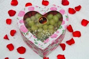 Quà tặng sinh nhật, 20/10 hộp quà trái cây nhập khẩu dâu tây nho Mỹ ỹ