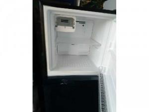 Tủ lạnh TOSHIBA 233l