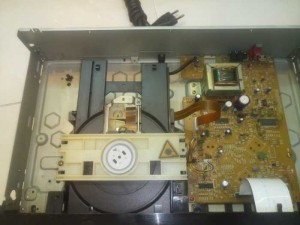 Đầu CD Pioneer PD-104 hàng bãi .