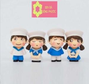 Phụ kiện tiểu cảnh trồng sen đá - Cô cậu bé Hải Quân