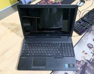 Laptop Dell Latitude E5540 Core i5-4200U Ram 4GB SSD 120GB VGA ON Màn Hình 15.6 Inch Máy Đẹp