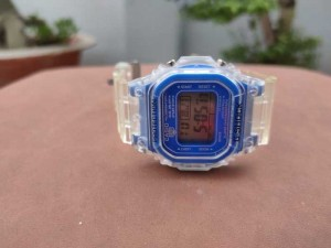 2020-10-28 13:20:03  5  Đồng hồ Casio chính hãng qua sử dụng . 500,000