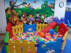 Nơi cung cấp nhà banh nhựa trong nhà cho trường mầm non, gia đình, TTTM, khu vui chơi