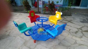 Cung cấp đu quay trẻ em cho trường mầm non, TTTM, khu vui chơi, sân chơi