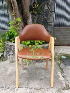 Ghế gỗ cafe chữ A giá rẻ