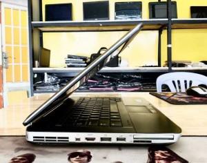 2020-10-30 15:28:43  3  Laptop Dell Latitude E5420 Core i5-2430M Ram 4GB SSD 120GB VGA ON Màn Hình 14 Inch Máy Đẹp 3,400,000