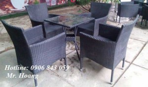 Bàn ghế nhựa cafe sân vườn giá rẻ, miễn phí vận chuyển