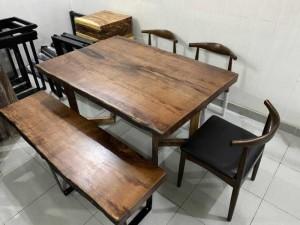 Bàn và ghế băng gỗ gụ np nguyên tấm