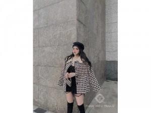 Áo khoác dạ nữ trắng đen cổ trắng SC4597