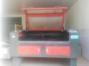 Chuyên thu mua máy laser cũ không sử dụng , máy cũ đã hư hỏng