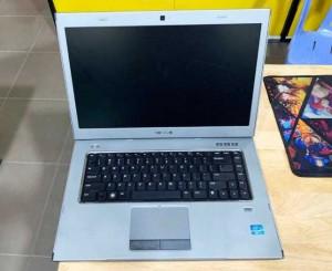 Laptop Dell Vostro 3560 Core i7-3630QM Ram 8GB SSD 120GB+ HDD 500GB 2 CARD VGA RỜI Vỏ Nhôm Đẹp