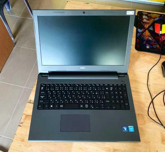 Laptop Dell Vostro 3549 Celeron 3205U Ram 4GB SSD 120GB VGA ON Màn 15.6 Inch Máy Đẹp