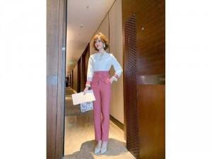 2020-11-29 10:17:10 Bộ đồ thời trang phiên bản Hàn Quốc SG 350,000