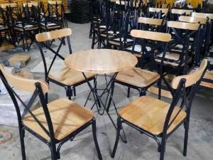 2020-11-29 19:50:52  2  Bàn ghế cafe sân vườn giá xưởng 1,750,000