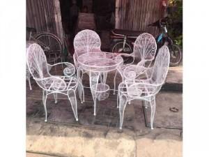 2020-11-29 19:53:45  3  Bộ bàn ghế sắt mỹ nghệ giá rẻ 3,950,000