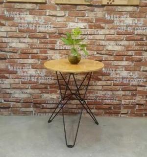 Bàn cafe chân sắt mặt gỗ giá rẻ