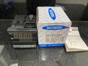 Bộ điều khiển nhiệt độ Maxthermo MC-2738-101-000-UA