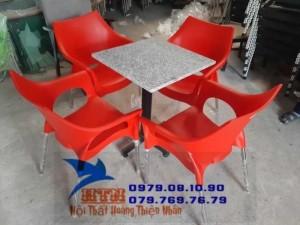Bàn ghế cafe nhựa đúc mẫu mới giá siêu mềm VĐBG035