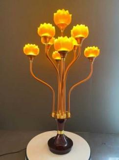 Đèn thờ thủy lưu ly đẹp, đôi đèn hoa sen thờ thủy lưu li 9 bông chất lượng tốt, tinh xảo