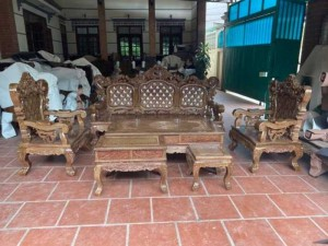 Bộ bàn ghế mẫu mới hoàng gia gỗ mun đuôi công