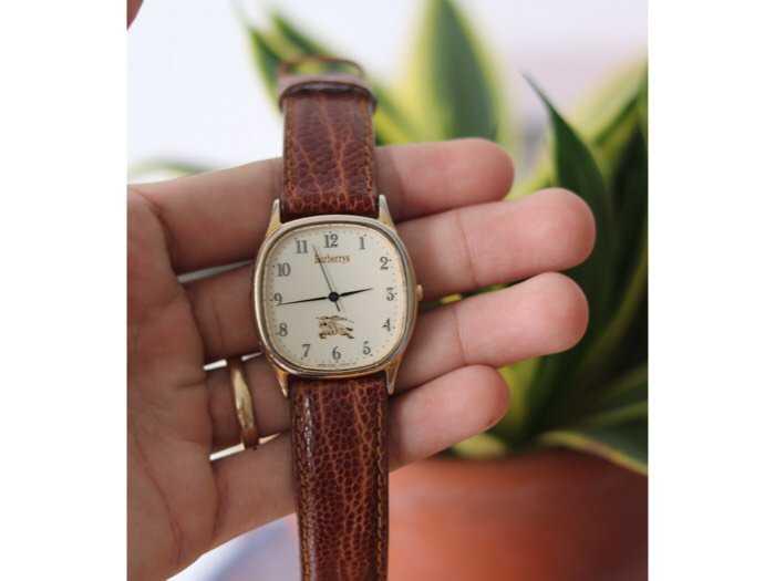 Đồng hồ burberrys london bọc vàng