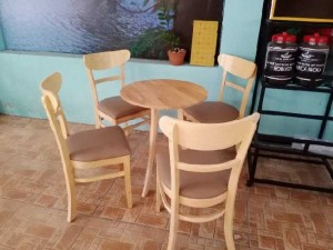 Bộ bàn ghế gỗ cafe nhà hàng giá tại kho