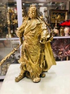 Tượng Quan Công cầm đao bằng đồng cao 25cm