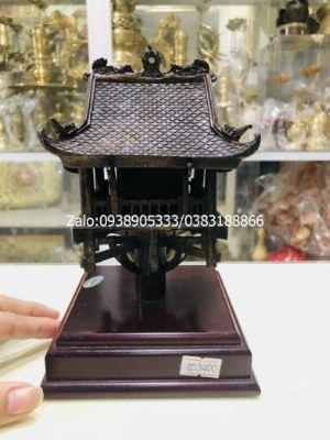 Biểu trưng chùa Một Cột bằng đồng cao 18cm quà tặng đối tác nước ngoài