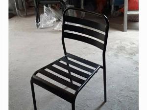 Ghế sắt nguyên khối mẫu đẹp Ak 0000111