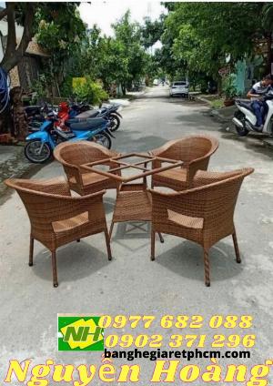 Bàn ghế nhựa giả mây 5 món Nội Thất Nguyễn Hoàng Sài Gòn