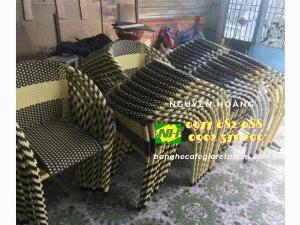 Ghế nhựa giả mây khung sắt cafe-trà sữa ăn vặt Nội Thất Nguyễn Hoàng Sài Gòn