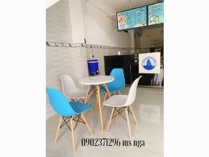 Ghế nhựa chân gỗ cafe Nội Thất Nguyễn Hoàng Sài Gòn