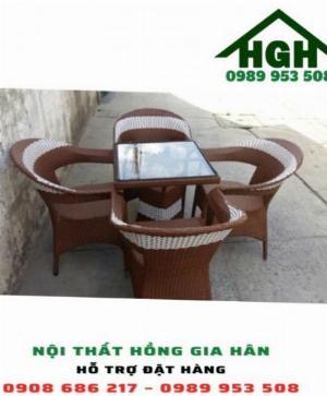 Bộ bàn ghế mây nhựa HGH3