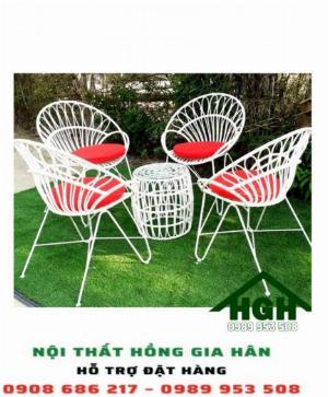 Bộ bàn ghế decor sân vườn Hồng Gia hân3