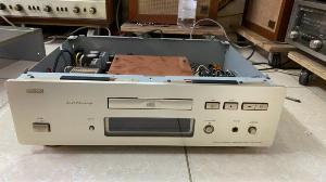 Đầu CD Denon 1650AZ AL 24 Processing