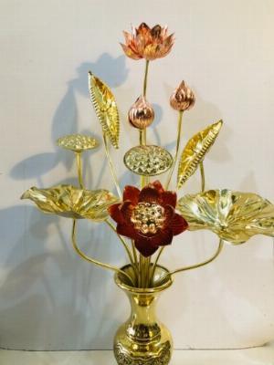Hoa sen thờ cúng bằng đồng vàng cao 65cm