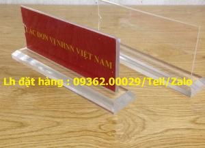 Một số mẫu biển chức danh có giá rẻ tại Hà Nội