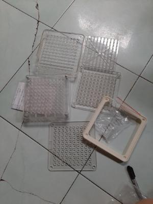 Khuôn đóng nang thủ công kèm vỏ nhộng, khuôn đóng viên nhộng cứng 100v