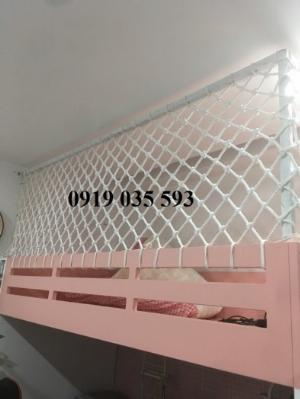 Thi công lưới an toàn giếng trời an toàn cầu thang tại hồ chí minh