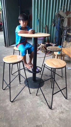 Ghế bar chân sắt trà sữa-kem