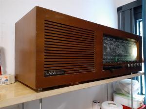 Radio đèn cổ SABA đẹp của Đức
