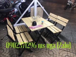 Bàn ghế gỗ xếp quán nhậu giá rẻ tại nội thất Nguyễn hoàng
