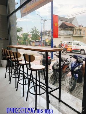 Ghế bar sắt gỗ cafe- nội thất Nguyễn hoàng