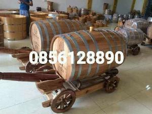 Thùng rượu gỗ sồi xe kéo 200 l.