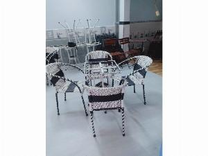 Bàn ghế cafe nhựt trắng đen giá rẻ