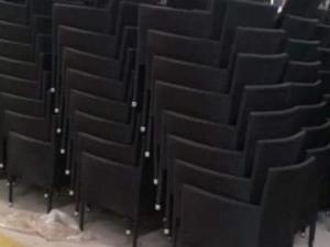 Cần thanh lý gấp 200 ghế ba sô đen giá s